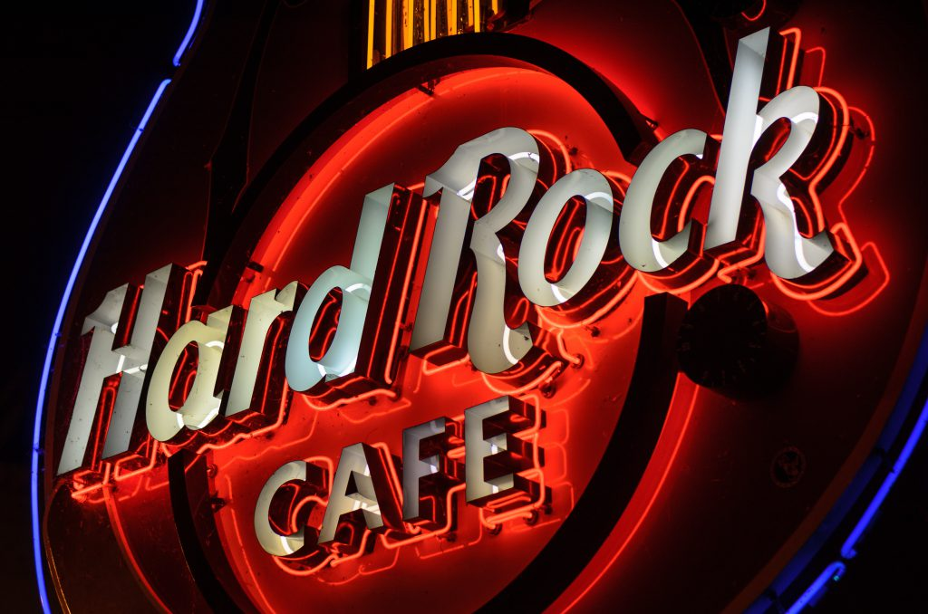 hard rock cafè sign - manet hospitality blog