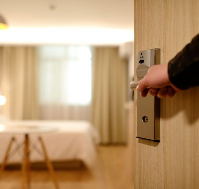 Hotel guest experience: expectations vs reality - Manet Mobile Solutions